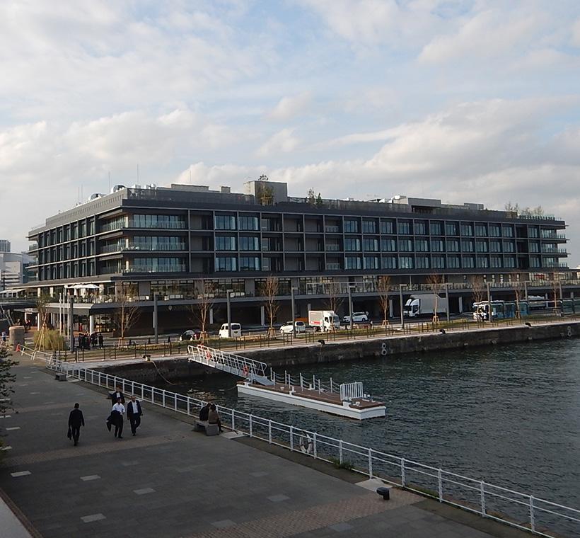 新港ふ頭客船ターミナル(横浜ハンマーヘッド)